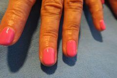 Modeláž-nehtů-06-Celopotah-Pink